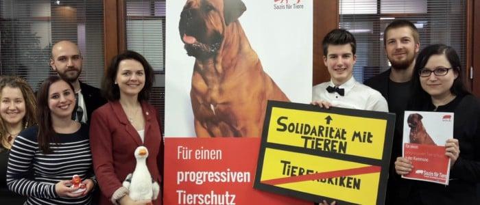 Who are Sozis für Tiere?